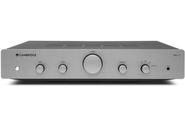 Cambridge-audio-AXA25-sztereo-erosito-front-600x379